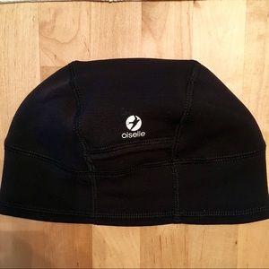 Oiselle Black Run Beanie Hat
